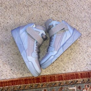 Givenchy grey leather tyson high top